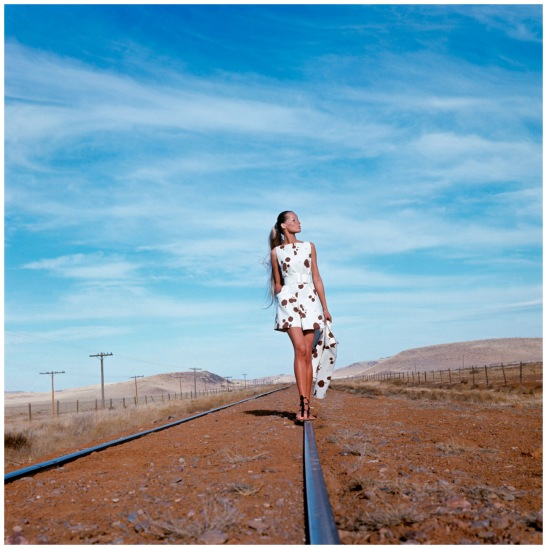 veruschka-photographed-in-the-alpine-basin-of-texas-wearing-a-dalmation-spotted-culotte-dress-and-jacket-by-originala-1968-franco-rubartelli